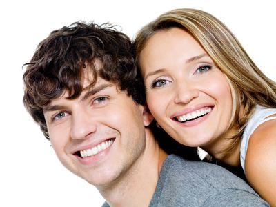 Гел за възпалени венци 1 - усмихната двойка